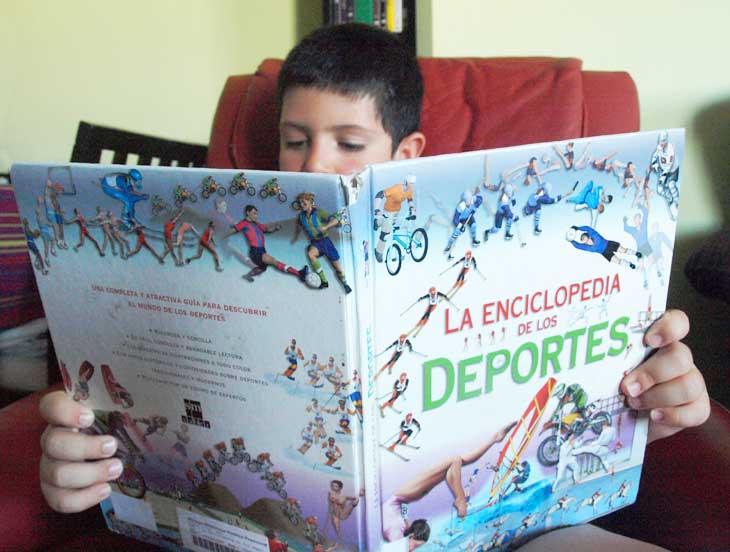 Leyendo La Enciclopedia de los Deportes