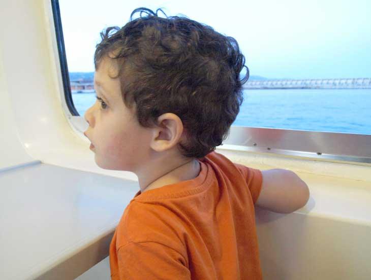 Lucas en el barco